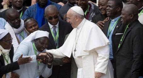 Konzervativni teolozi žele da katolički biskupi papu proglase heretikom