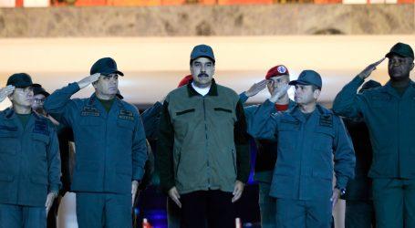 Maduro želi dokazati odanost vojske za vrijeme krize