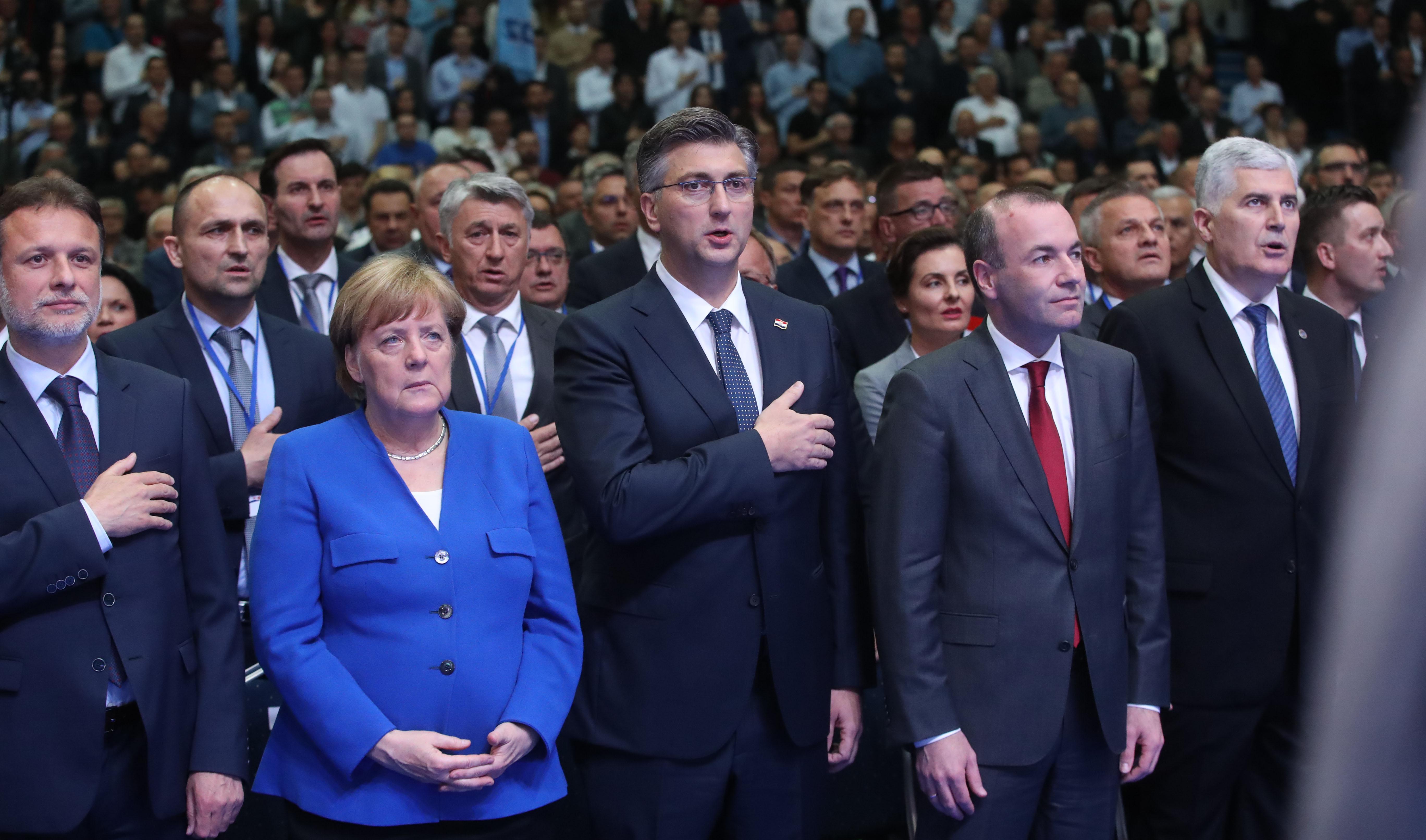 Zbog skandala Slobodarske stranke prijevremeni izbori u Austriji