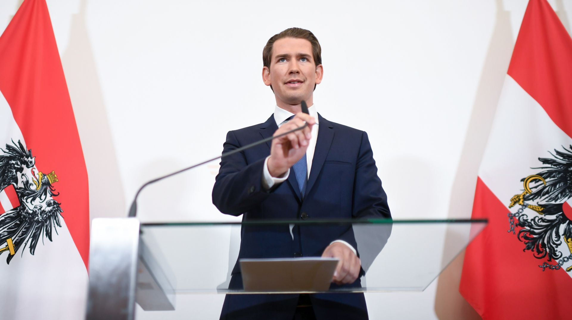 Smijenjen ministar unutrašnjih poslova, svi ministri FPOe-a dali ostavke