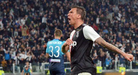 'ON JE NAŠ ŠAMPION' Juventus se u rođendanskoj čestitki naklonio Manžukiću
