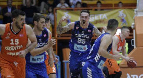 Košarkaši Cibone pobijedili Cedevitu u trećoj utakmici finala prvenstva Hrvatske