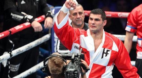 Hrgović nokautirao Corbina u prvoj rundi