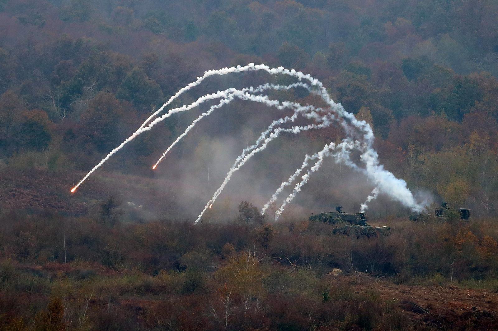 SLUNJ Na međunarodnoj vojnoj vježbi izvršen zračni desant
