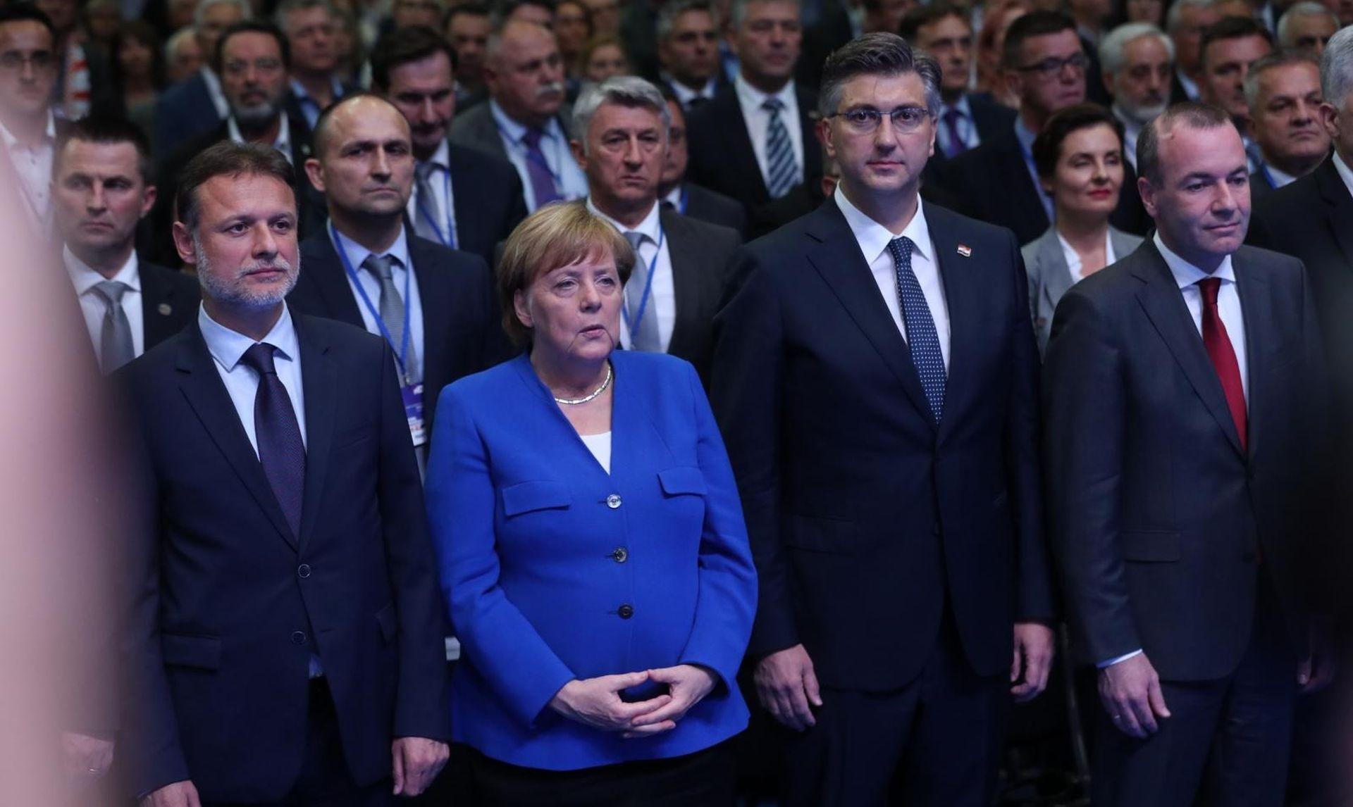 """NOVINAR DW-A """"Merkel nije u Zagreb došla zbog privrženosti HDZ-u"""""""