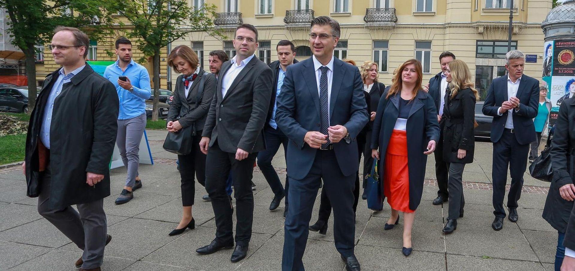 """PLENKOVIĆ """"Europski fondovi mijenjaju Hrvatsku"""""""
