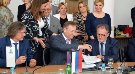 Potpisani ugovori koji bi građanima Slavonskog Broda trebali donijeti čišći zrak