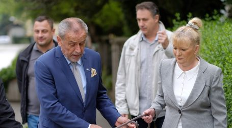 """""""Građani jako dobro znaju u kojoj ladici drže Bandića – u ladici 'gradonačelnik'"""""""