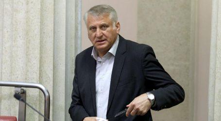 Nije potvrđena optužnica protiv Lucića zbog nuđenja mita novinaru