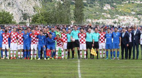 FOTO: Hrvatska petardom slavila u Omišu, Perišić otvorio 'golijadu'