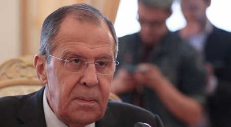 """Lavrov pozvao SAD da """"odustane od neodgovornih planova"""" u Venezueli"""