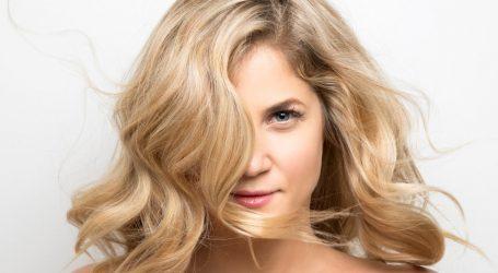 VIDEO: Zahtjevne frizure i pletenice za svečane prigode