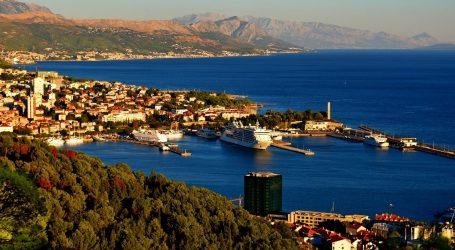 Split: Oko 200 litara goriva iz tankera iscurilo u more