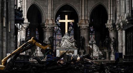 Nastavlja se polemika o metodi obnove Notre-Damea