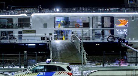 Kapetan kruzera u pritvoru dok nabujali Dunav otežava potragu