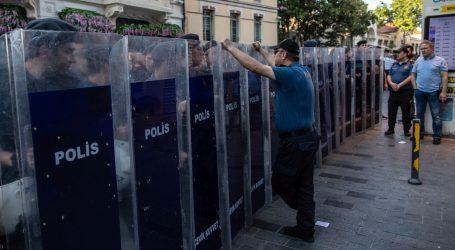 U Istanbulu počelo suđenje organizatorima mirnog prosvjeda na Taksimu