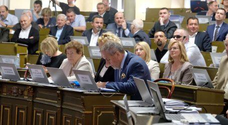 Zagreb se zadužuje za novih 350 milijuna kuna