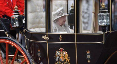 ELIZABETA II. PROSLAVILA ROĐENDAN: Kraljevska obitelj i tisuće građana na paradi