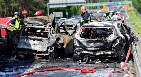 POLJSKA Šestero poginulih u lančanom sudaru na autocesti