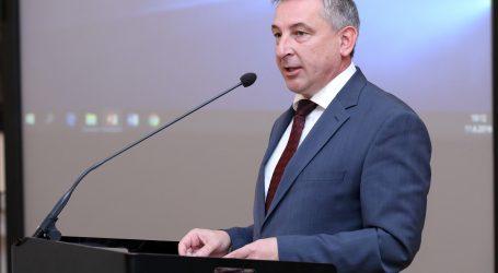 ŠTROMAR 'Premijeru ćemo predložiti smjenu ministra Kuščevića'