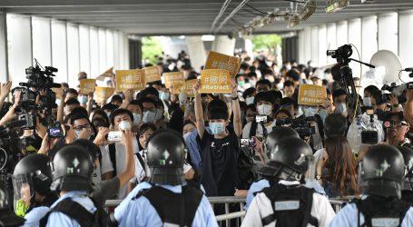 HONG KONG Deseci tisuća ljudi ponovno na ulicama