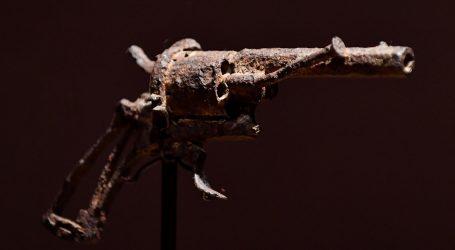 "Revolver koji je ""okončao život Van Gogha"" na dražbi"