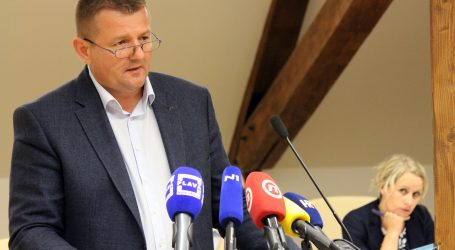 """Virovitička oporba zbog """"slučaja Palm"""" zatražila Kirinovu ostavku"""