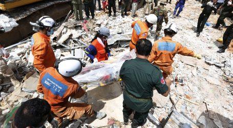 U ruševinama zgrade u Kambodži pronađena dvojica preživjelih