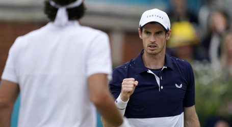 Andy Murray osvojio Queen's s metalnim kukom