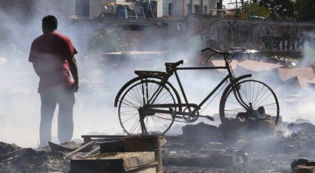 Zbog rušenja zida najmanje 15 žrtava na gradilištu u Indiji