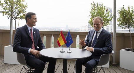 Tusk predlaže da se mjesto čelnika Europske komisije dodijeli lijevom centru