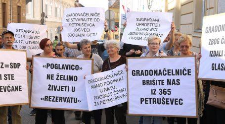 Prosvjednici s Petruševca dočekali Bandića zvižducima