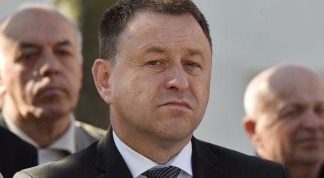 Predsjedničin izaslanik Ante Deur izviždan na komemoraciji kod Jazovke
