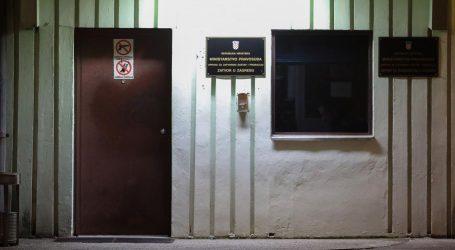 Zatvorenici u Remetincu napali čuvare i teško ih ozlijedili
