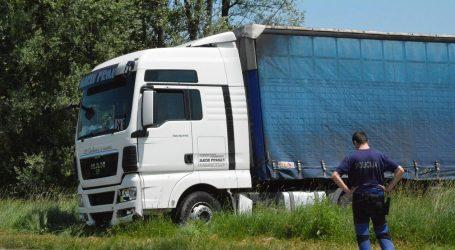 ZAVRŠEN OČEVID: Čini se da kočnice na kamionu rade
