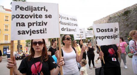 Mirni prosvjed protiv obveznog cijepljenja u Splitu