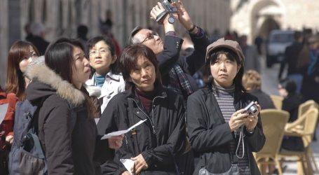 SPRINT KROZ HRVATSKU: Kodeks časti japanskih turista