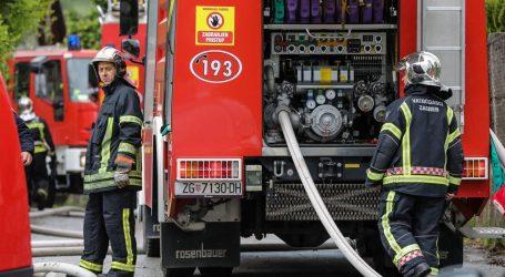Nakon gašenja požara u Sloboštini, vatrogasci pronašli pet bačvi