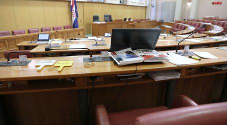 Otopljen Živi zid, pad HDZ-a, rast Kolakušića i SDP-a