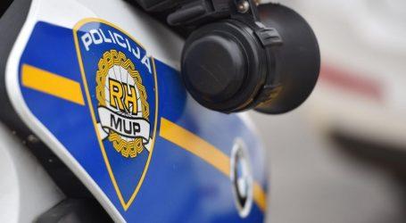 Motociklist sletio s ceste, preminuo u kolima hitne pomoći
