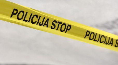 SRAMOTNO: U nesreći poginuo muškarac, iz smrskanog kombija ukraden mu mobitel