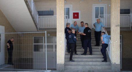 NOVI PETRUŠEVEC: Interventna policija privela deset osoba