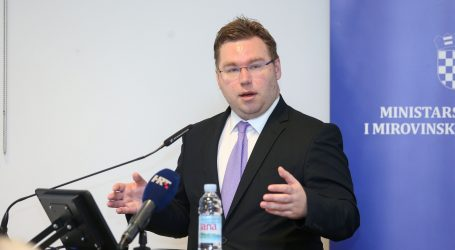 PAVIĆ 'Odobrit ćemo 2000 dozvola za turizam i 1000 za građevinu'