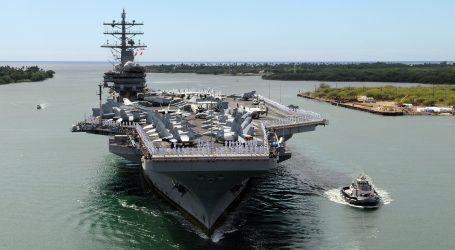 Ratni brod USS John McCain posvađao Pentagon i Bijelu Kuću
