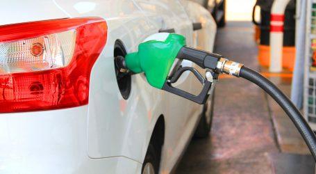 DOBRE VIJESTI ZA VOZAČE: Znatno pojeftinilo gorivo
