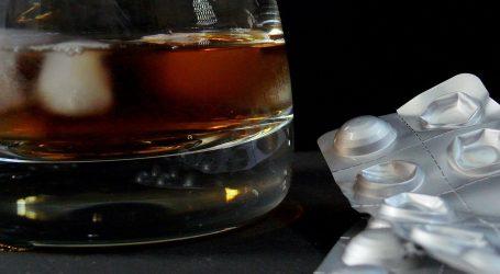 'Da podnesem pritiske, pila sam apaurine i viski'
