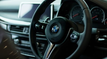 BMW do 2023. u ponudi planira imati 25 modela električnih automobila