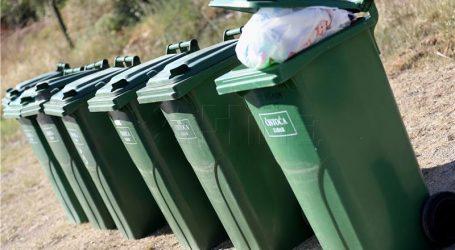 """Uvesti naknadu za odlaganje komunalnog otpada"""