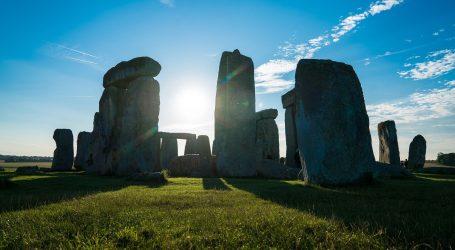 Live-stream položaja Sunca i zvijezda na Stonehengeu