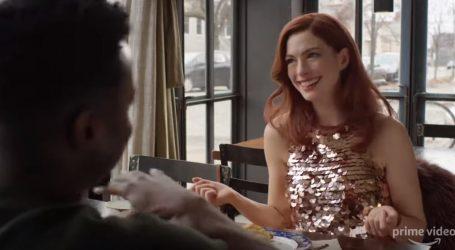 Anne Hathaway pokazala trudnički trbuščić u javnosti